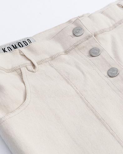 Komodo broek D-side trousers kleur Warm sand_KOKOTOKO duurzame kleding