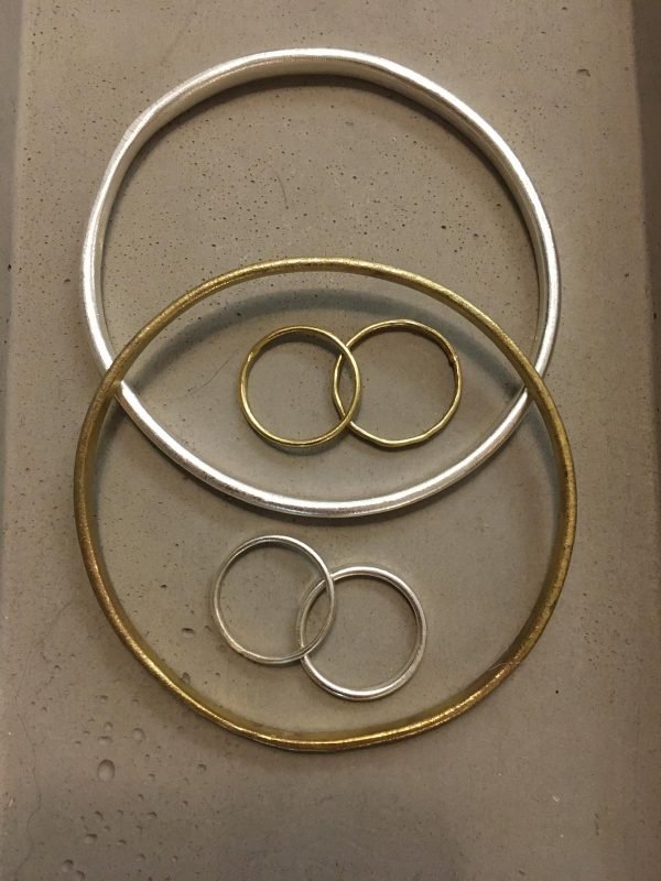 People Tree Beaten bracelet armband Silver_KOKOTOKO duurzame kleding