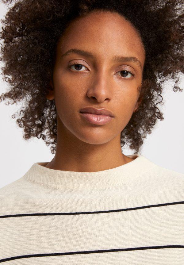 Armedangels Medinaa sweater striped Oatmilk/Black_KOKOTOKO duurzame kleding