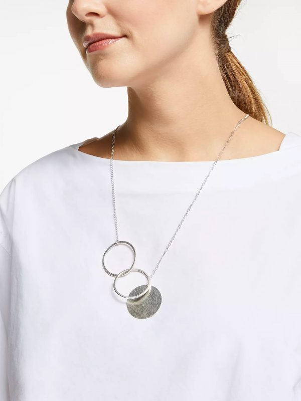 People Tree accessoires ketting Circle and Disc necklace Silver_KOKOTOKO Oosterstraat Groningen duurzame kleding fair fashion happy stuff