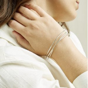 People Tree accessoires armband Coil Bangle van Silver Oosterstraat Groningen duurzame kleding fair fashion happy stuff