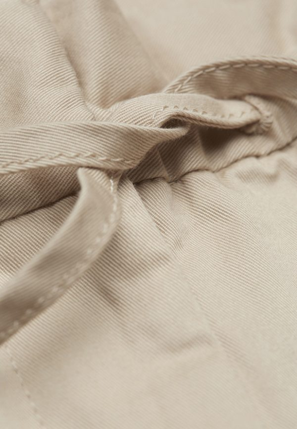 Armedangels broek Sabinaa_KOKOTOKO duurzame kleding