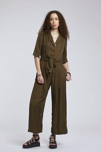 Komodo broek Planet jumpsuit kleur Khaki Oosterstraat Groningen duurzame kleding fair fashion happy stuff