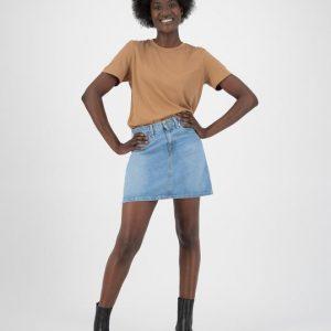 MUD Jeans rok Sophie Rocks mini skirt Heavy stone _ KOKOTOKO Oosterstraat Groningen, duurzame rokken, duurzame kledingmerken, eerlijke kleding, vegan mode, fair trade online webshop, fair fashion, happy stuff